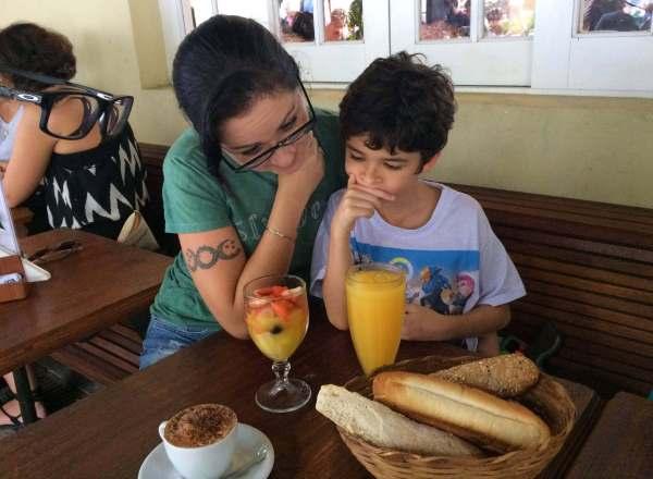 os3fominhas no café da tarde no Restaurante Jarbo, dentro do Jardim Botânico