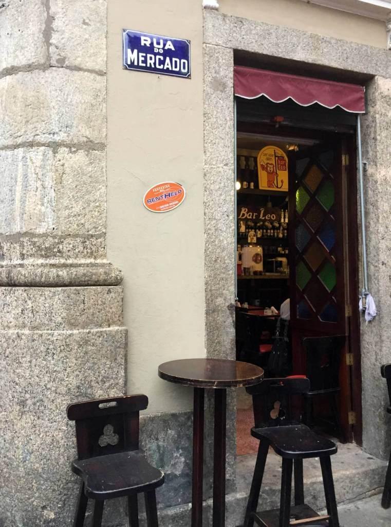 fachada do Bar do Leo com os3fominhas