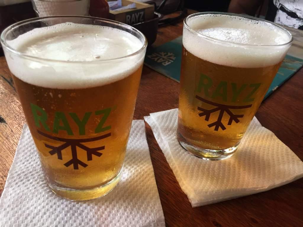 cerveja do Restaurante Rayz com os3fominhas