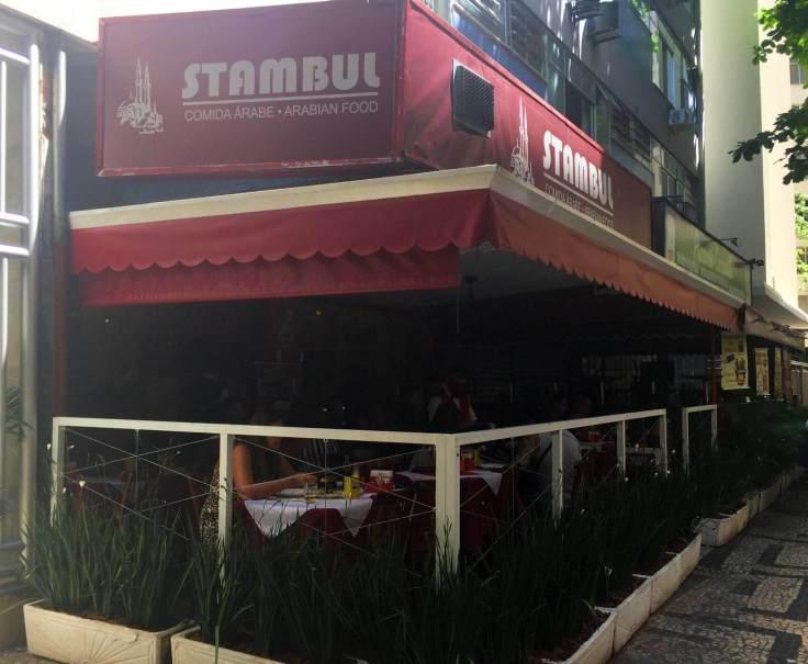 fachada do Stambul com os3fominhas