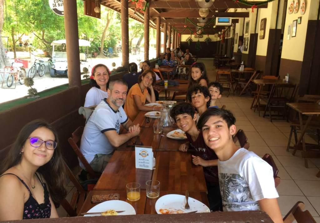 varanda no Zecas Restaurante com os3fominhas
