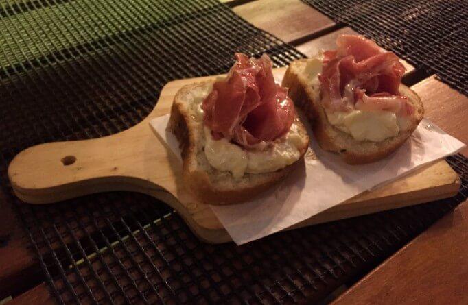 bruschetta na Mazzo Pizzaria com os3fominhas