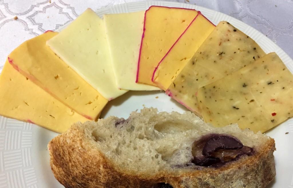 queijos e pão da Carla do queijo com os3fominhas
