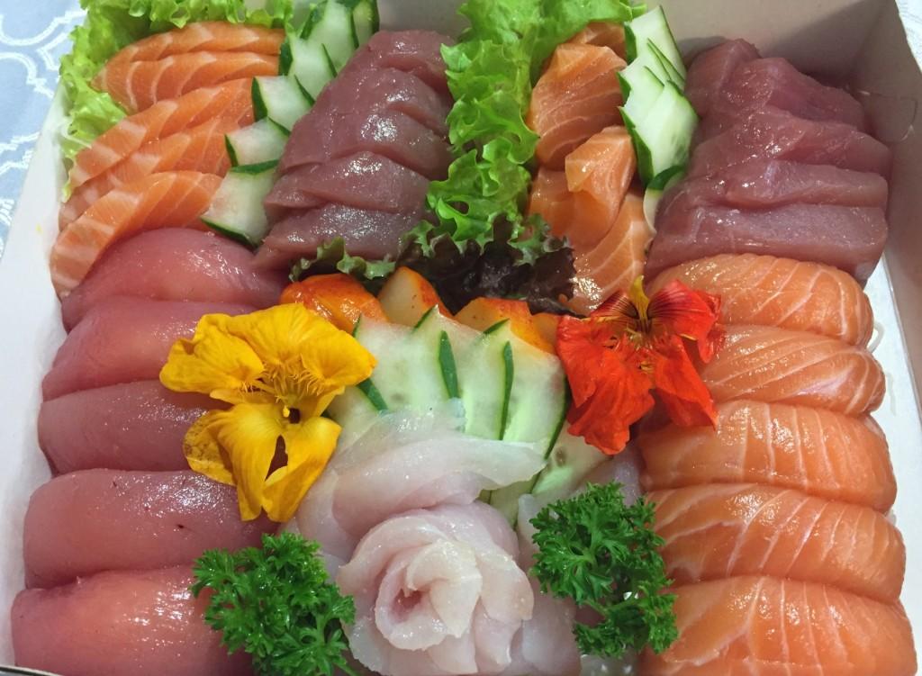 combinado 60 peças do Delice Sushi com os3fominhas