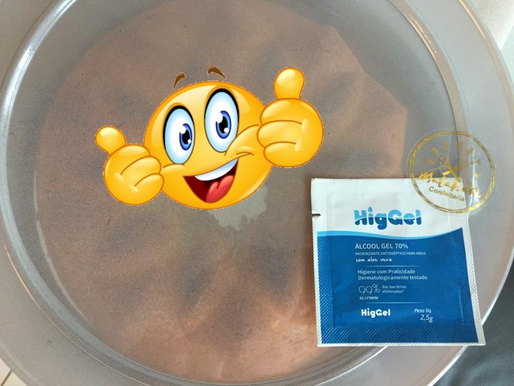 alcool gel na entrega do bolo da Matahari confeitaria com os3fominhas