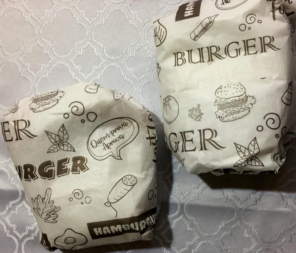 hamburguer embalado da S&D açaí e lanches com os3fominhas