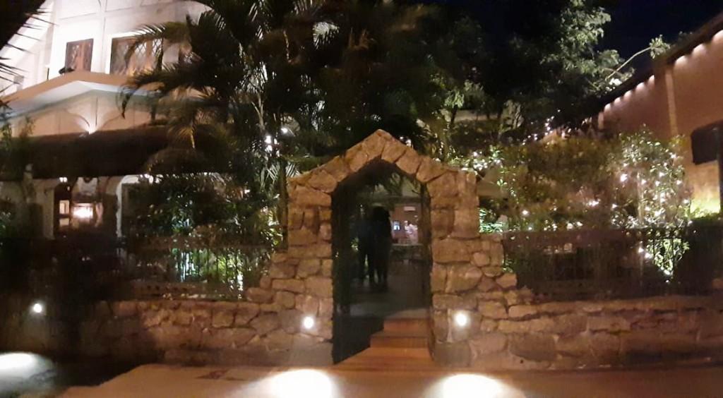 entrada do restaurante Fiorino com os3fominhas