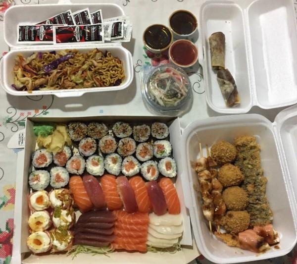 rodizio de comida japonesa em casa